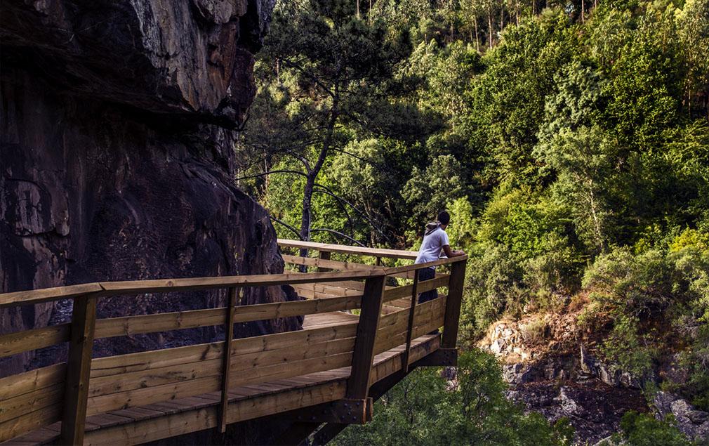 passerelle-paiva-walkways-portogallo-05