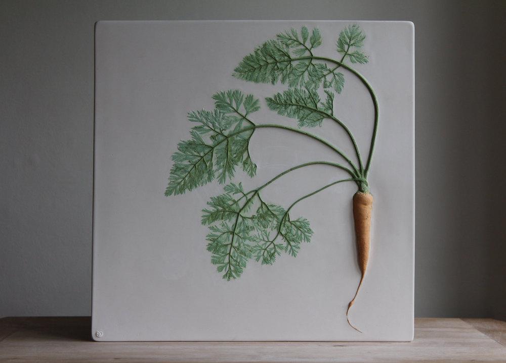 piastrelle-gesso-piante-fiori-rachel-dein-2