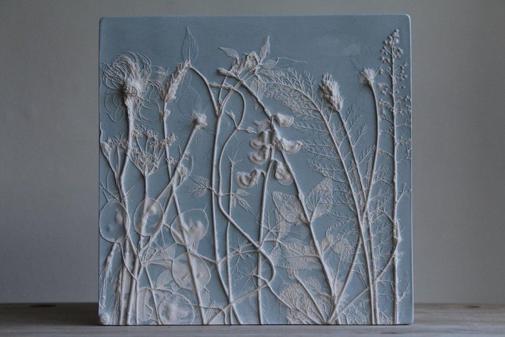 piastrelle-gesso-piante-fiori-rachel-dein-4