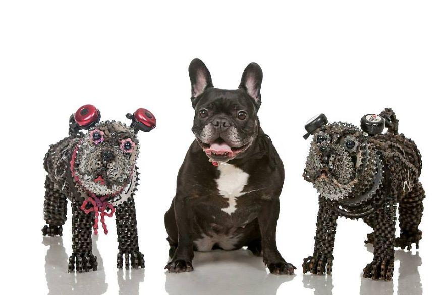 sculture-cani-grandezza-naturale-fatte-pezzi-biciclette-riciclate-unchained-nirit-levav-04