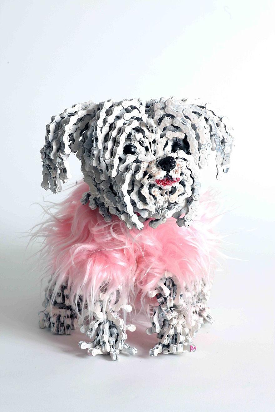 sculture-cani-grandezza-naturale-fatte-pezzi-biciclette-riciclate-unchained-nirit-levav-10