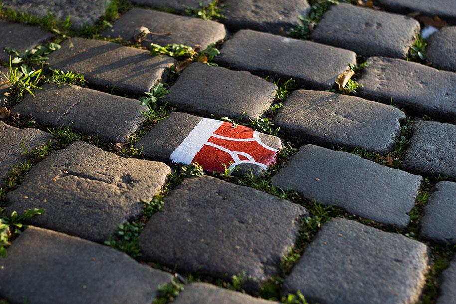 street-art-mutande-sassi-andre-levy-original-sin-zhion-01