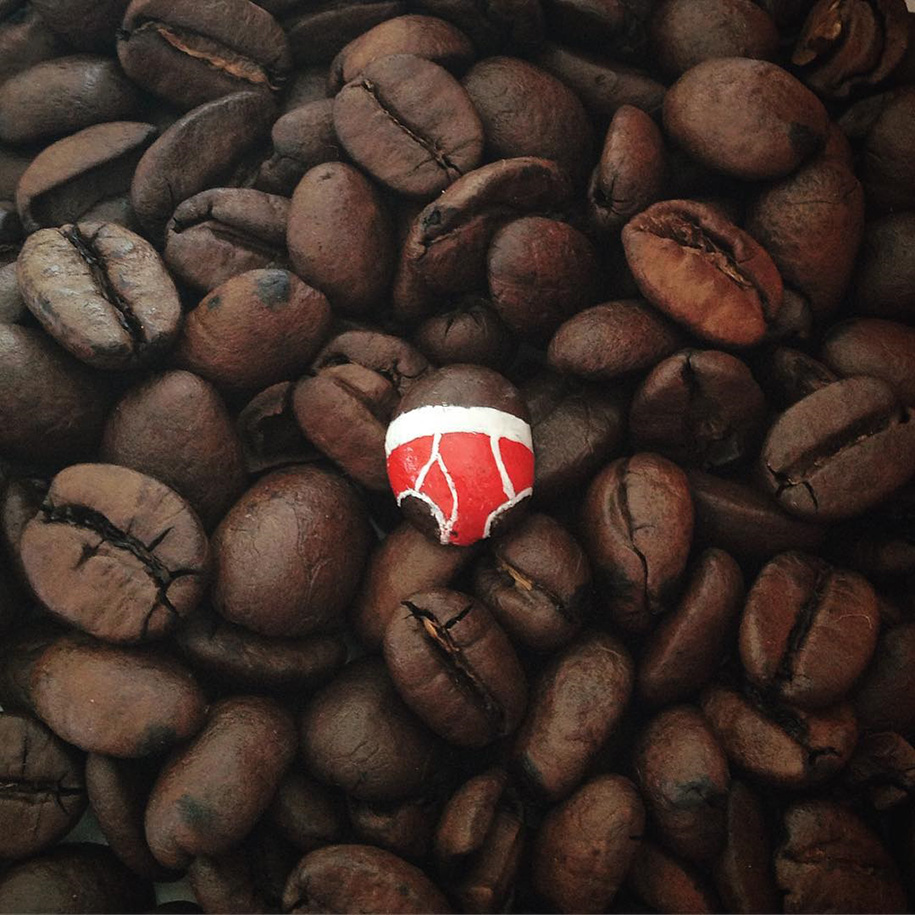 street-art-mutande-sassi-andre-levy-original-sin-zhion-03