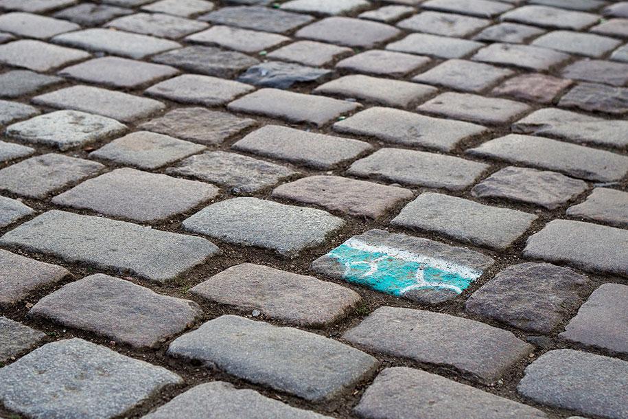 street-art-mutande-sassi-andre-levy-original-sin-zhion-06