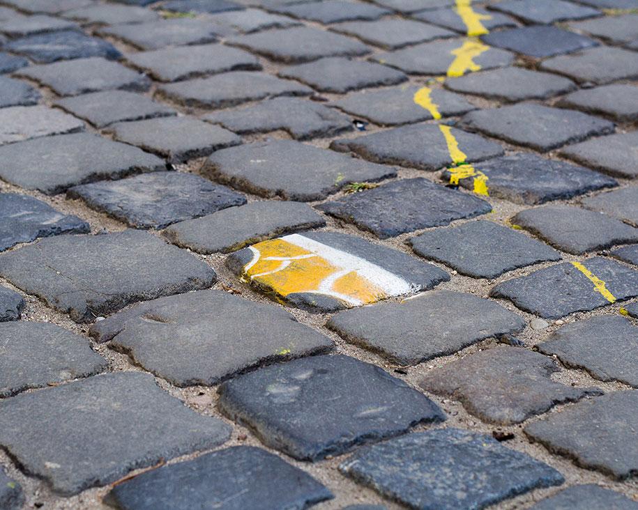 street-art-mutande-sassi-andre-levy-original-sin-zhion-10