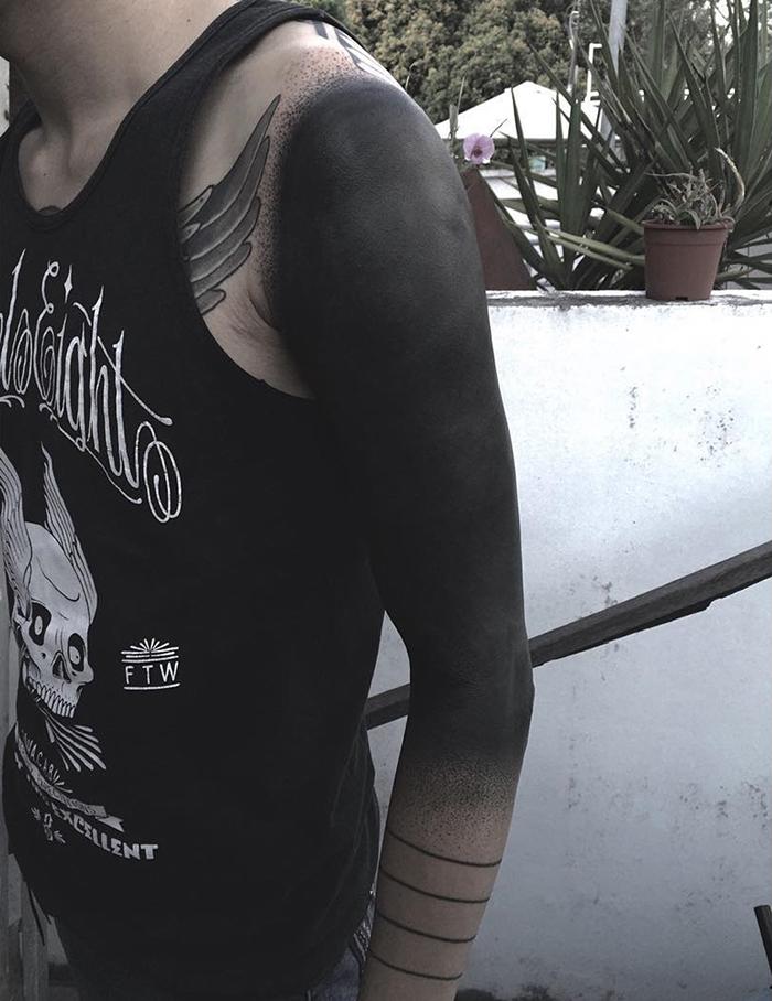 tatuaggi-blackout-coprono-vecchi-tatuaggi-chester-lee-singapore-9