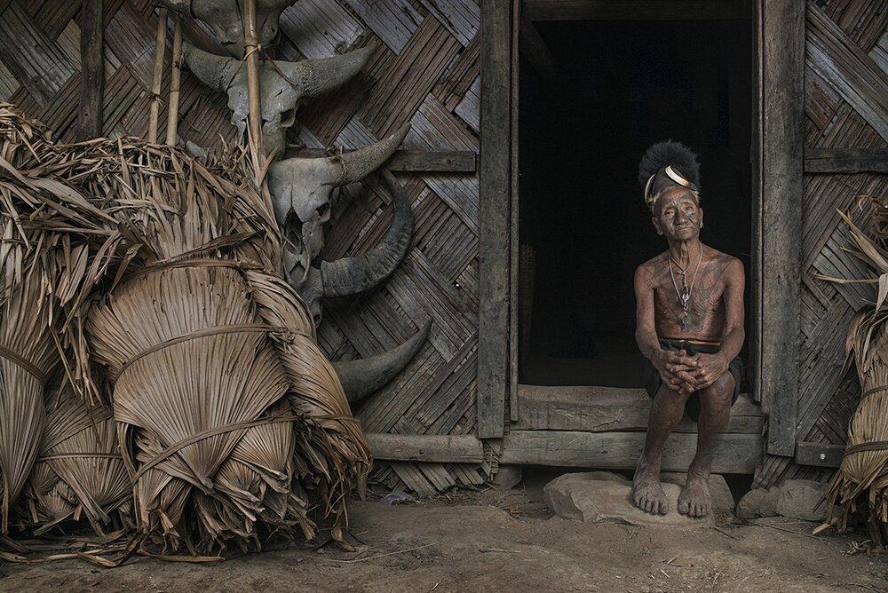 ultimi-cacciatori-teste-tribu-konyak-naga-india-trupal-pandya-09