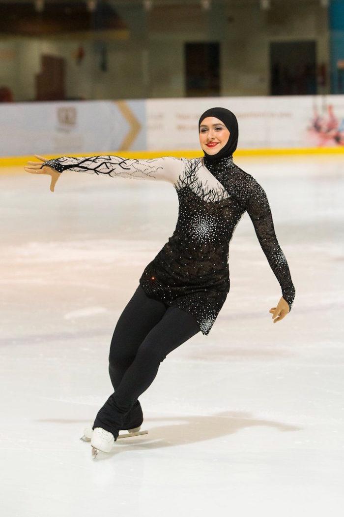 zahra-lari-pattinatrice-ghiaccio-abu-dhabi-olimpiadi-13