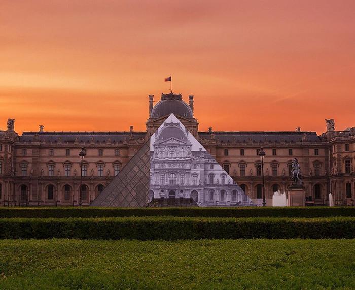 JR-installazione-piramide-louvre-ricoperta-parigi-1