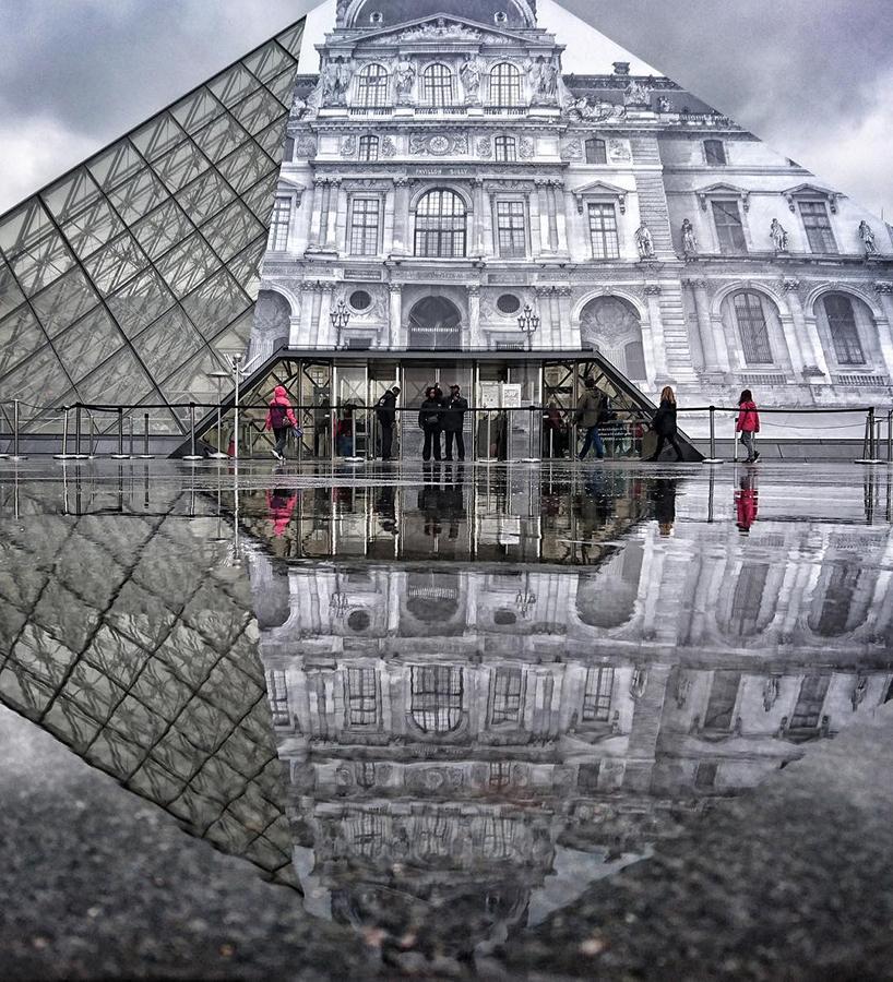 JR-installazione-piramide-louvre-ricoperta-parigi-5