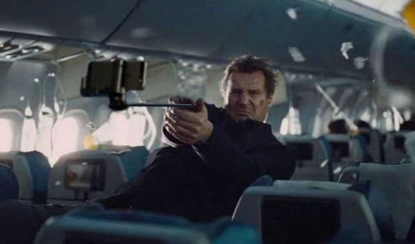armi-pistole-sotituite-con-selfie-stick-film-famosi-21