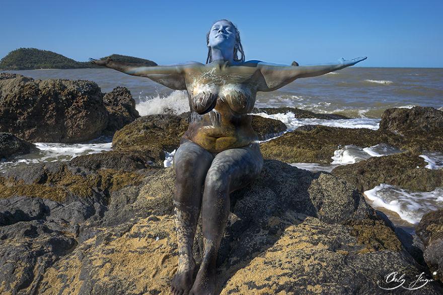 body-painting-persone-mondo-connessione-origine-terra-02