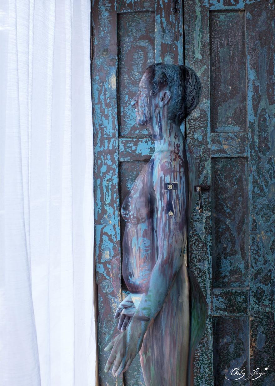 body-painting-persone-mondo-connessione-origine-terra-16