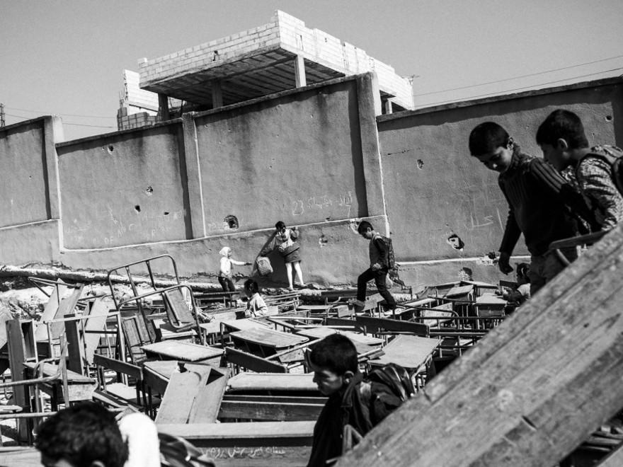 documentario-fotografico-guerra-siria-furkan-temir-louder-than-bombs-08