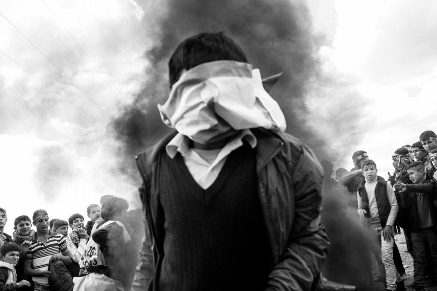 documentario-fotografico-guerra-siria-furkan-temir-louder-than-bombs-09
