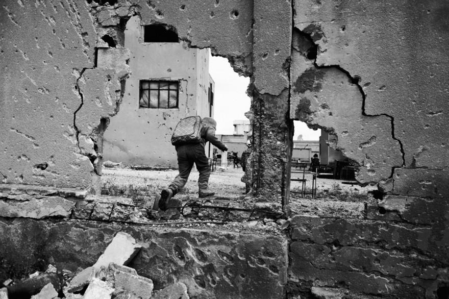 documentario-fotografico-guerra-siria-furkan-temir-louder-than-bombs-13