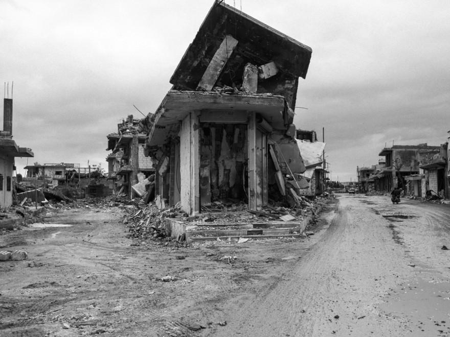documentario-fotografico-guerra-siria-furkan-temir-louder-than-bombs-14
