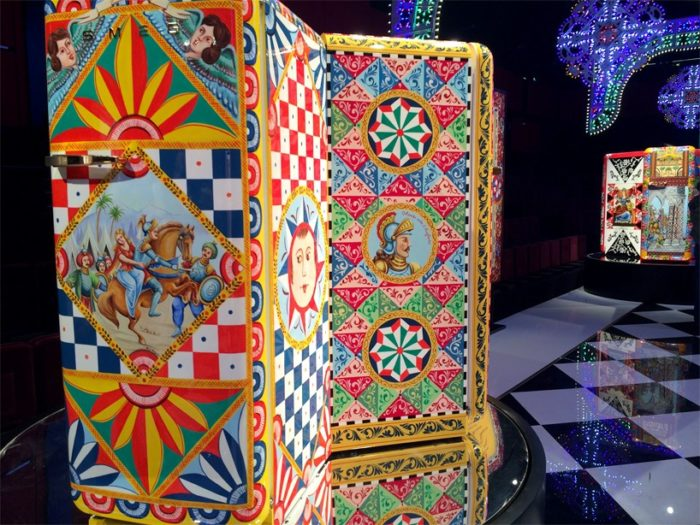 dolce-gabanna-smeg-frigorifero-d-arte-milano-design-week-2016-07