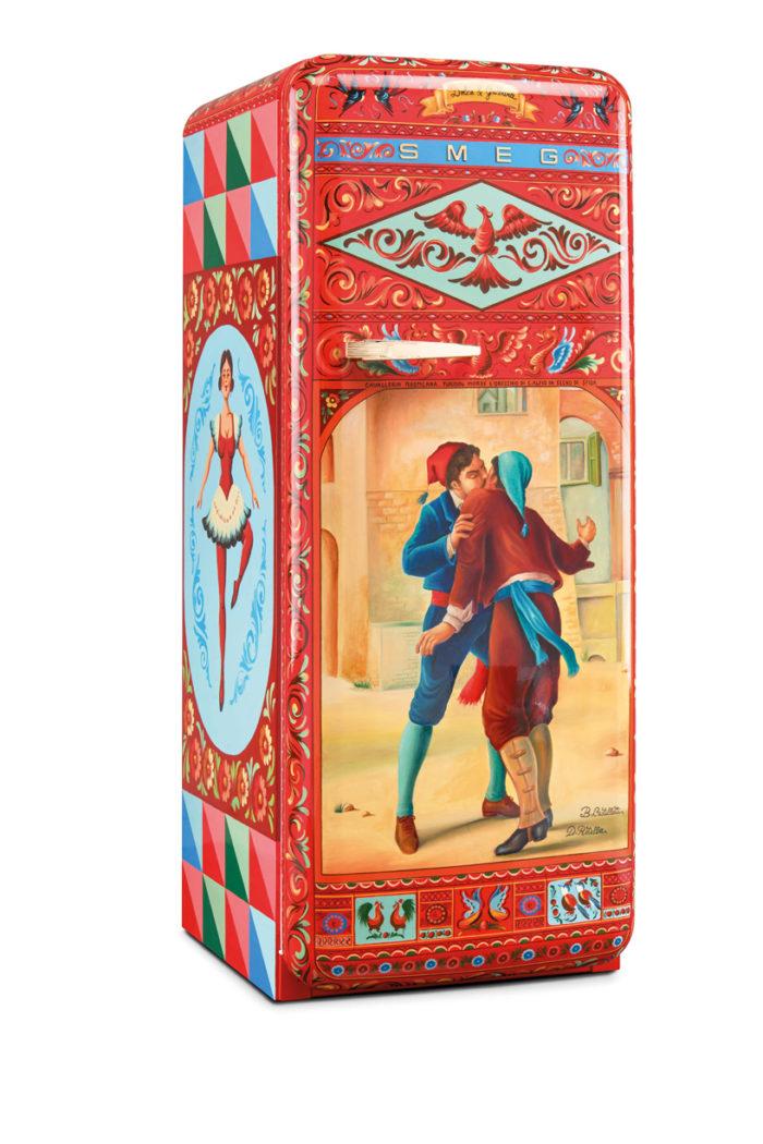 dolce-gabanna-smeg-frigorifero-d-arte-milano-design-week-2016-18