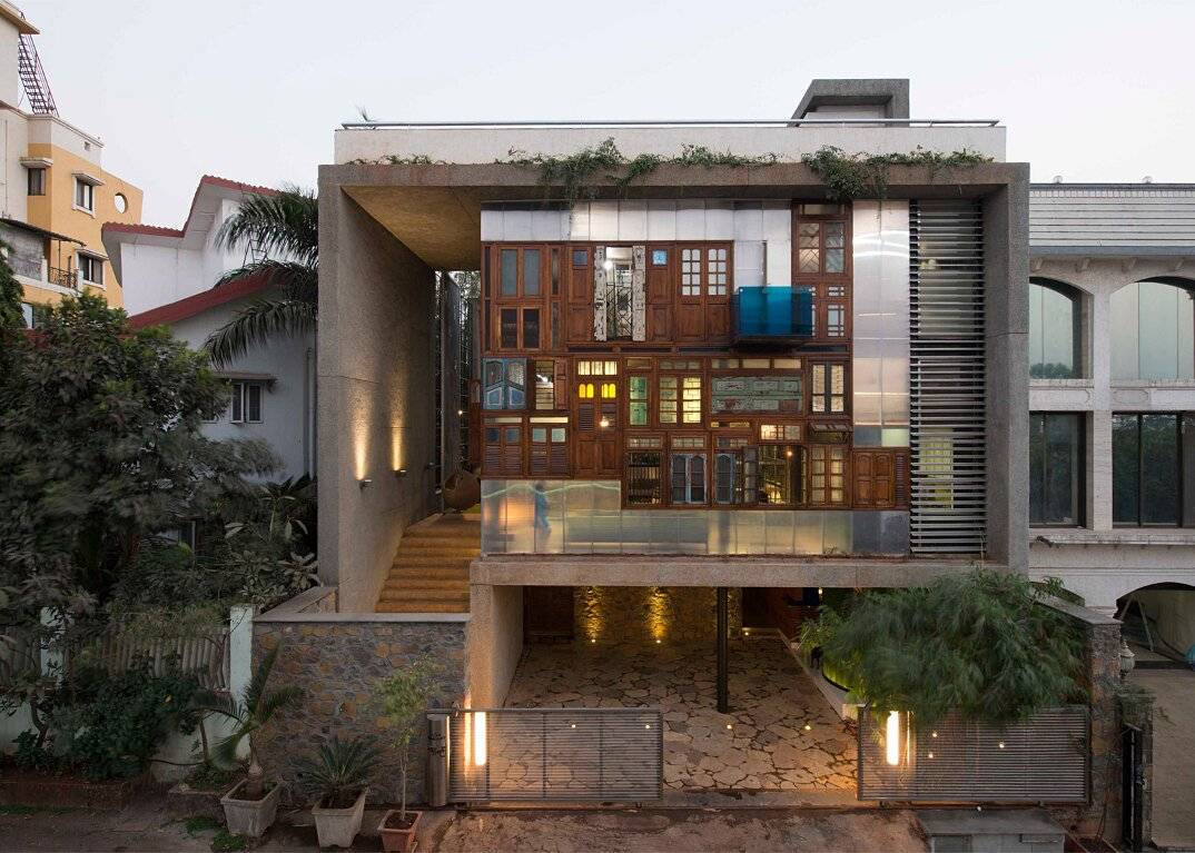 edificio-materiali-riciclati-architettura-sostenibile-mumbai-sps-architects-03