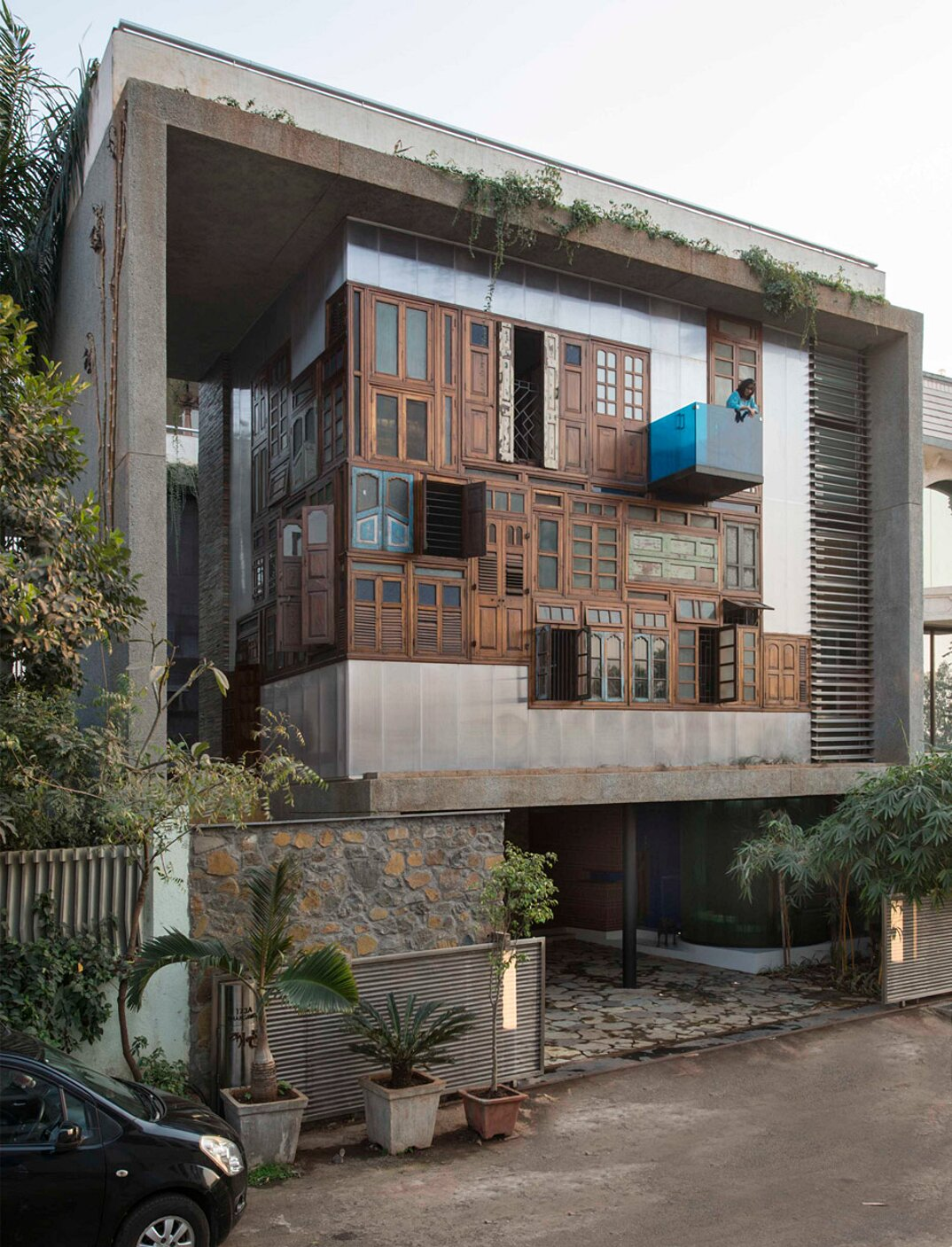 edificio-materiali-riciclati-architettura-sostenibile-mumbai-sps-architects-22