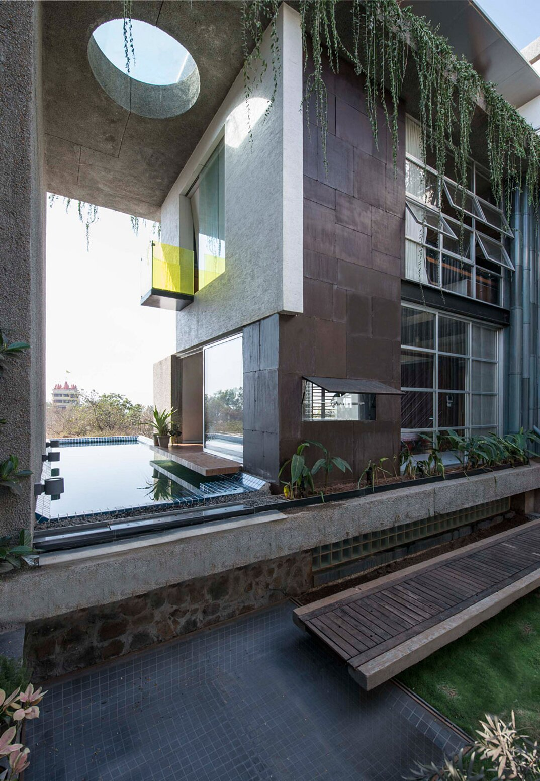 edificio-materiali-riciclati-architettura-sostenibile-mumbai-sps-architects-32