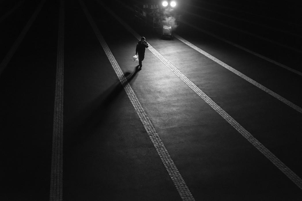foto-bianco-nero-strade-tokio-hiroharu-matsumoto-04