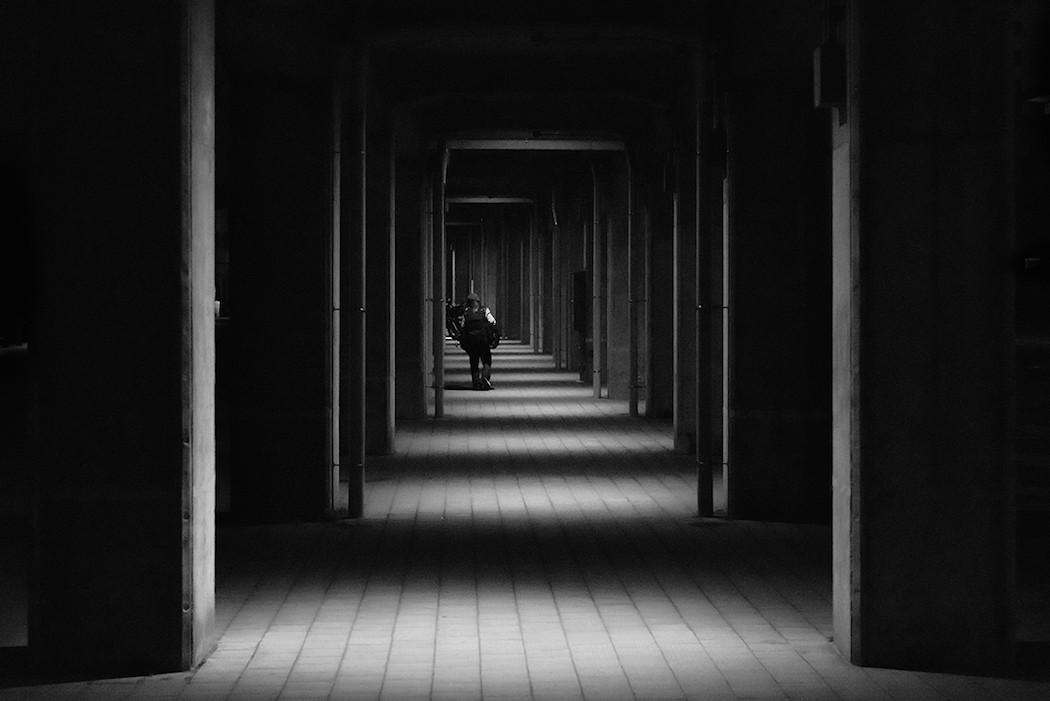 foto-bianco-nero-strade-tokio-hiroharu-matsumoto-11