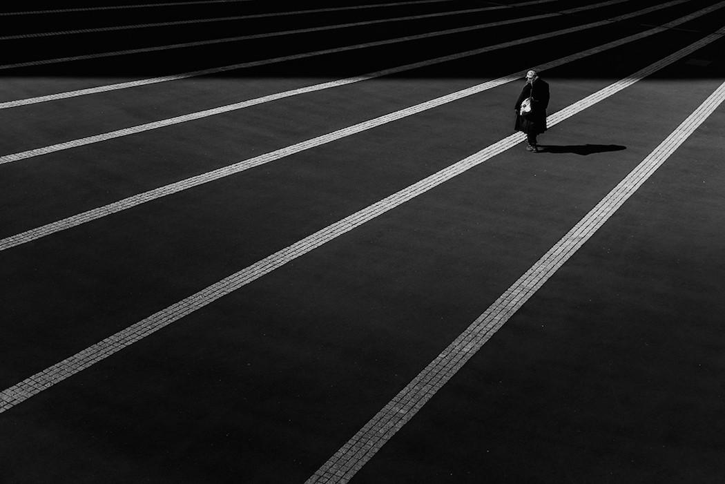 foto-bianco-nero-strade-tokio-hiroharu-matsumoto-12