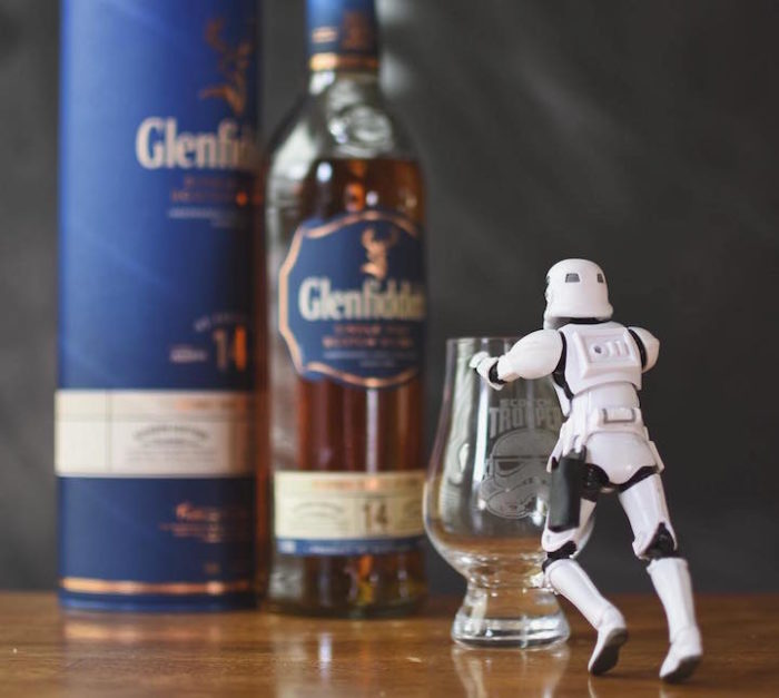 foto-divertenti-star-wars-stormtrooper-wisky-scotch-trooper-05