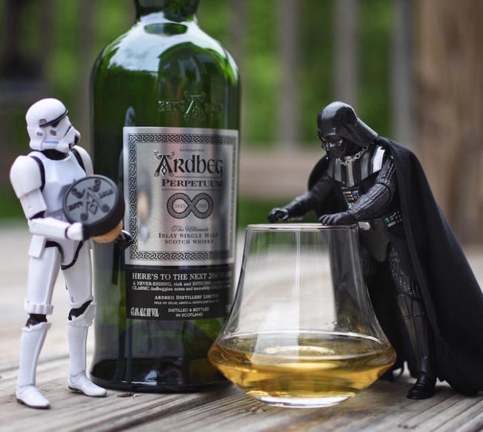 foto-divertenti-star-wars-stormtrooper-wisky-scotch-trooper-08