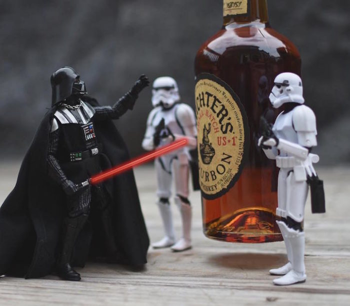 foto-divertenti-star-wars-stormtrooper-wisky-scotch-trooper-09