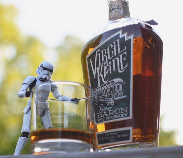 foto-divertenti-star-wars-stormtrooper-wisky-scotch-trooper-12