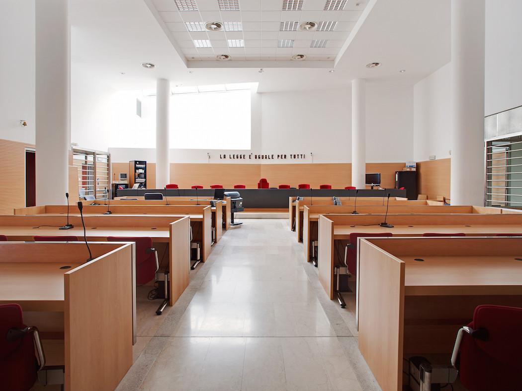 fotografia-aule-giustizia-tribunali-italia-fragments-of-justice-luca-sironi-03