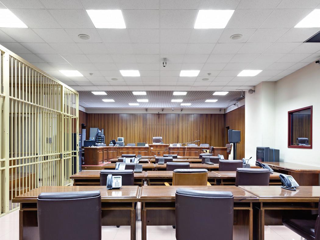 fotografia-aule-giustizia-tribunali-italia-fragments-of-justice-luca-sironi-06