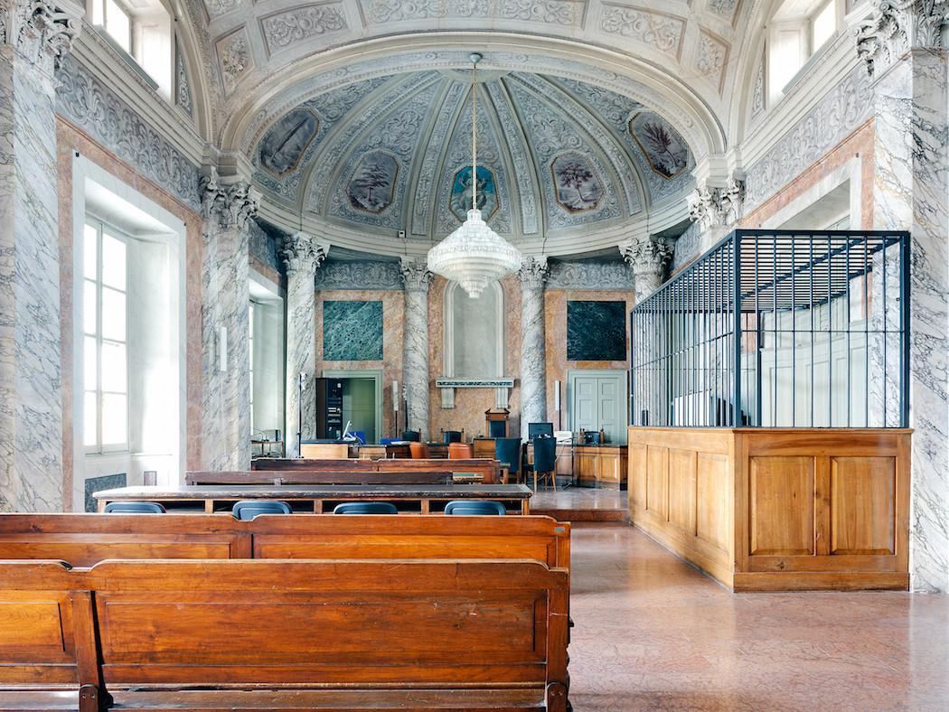fotografia-aule-giustizia-tribunali-italia-fragments-of-justice-luca-sironi-07
