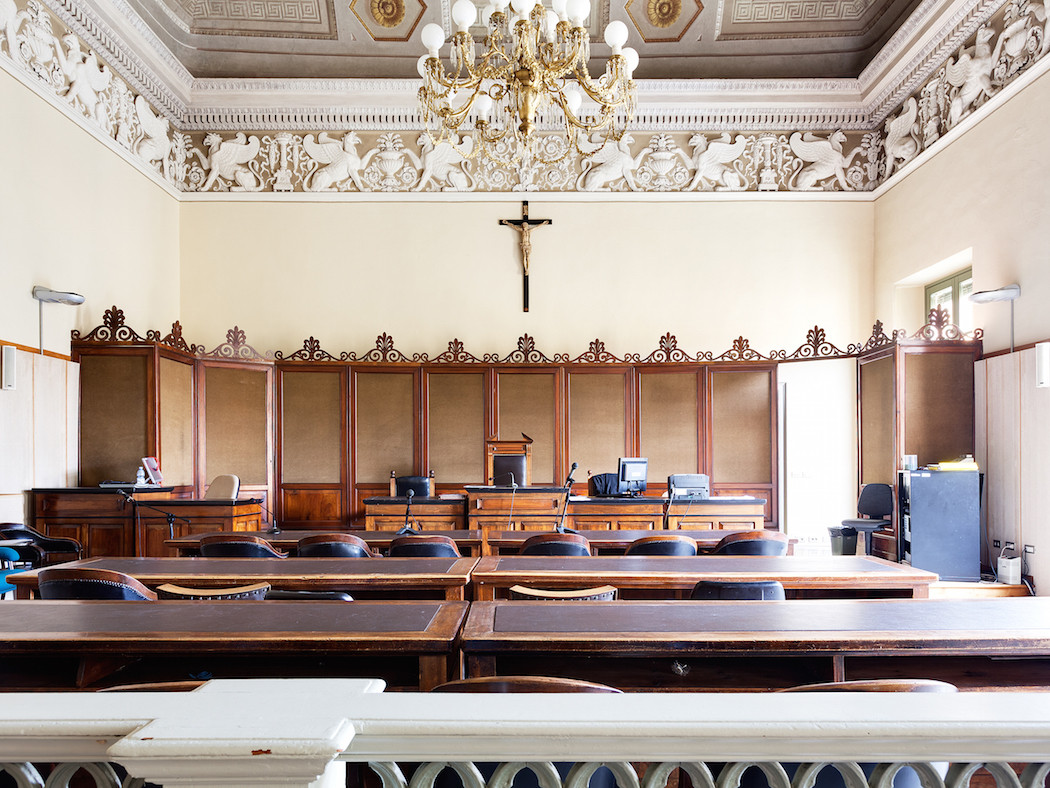 fotografia-aule-giustizia-tribunali-italia-fragments-of-justice-luca-sironi-08