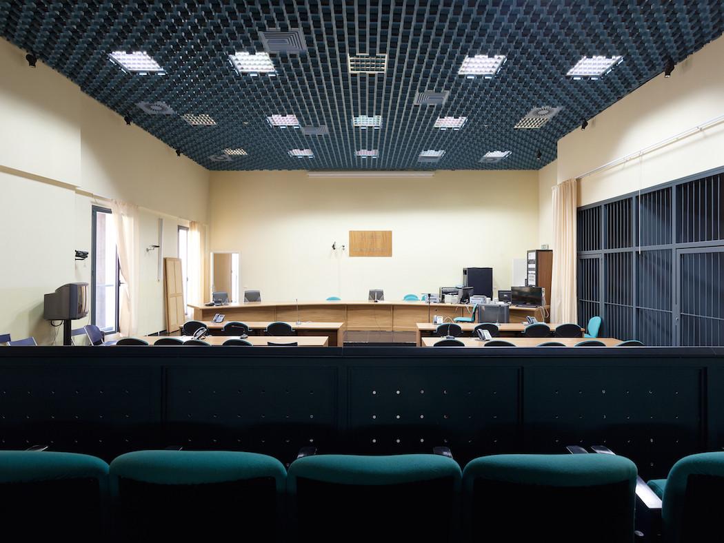 fotografia-aule-giustizia-tribunali-italia-fragments-of-justice-luca-sironi-13