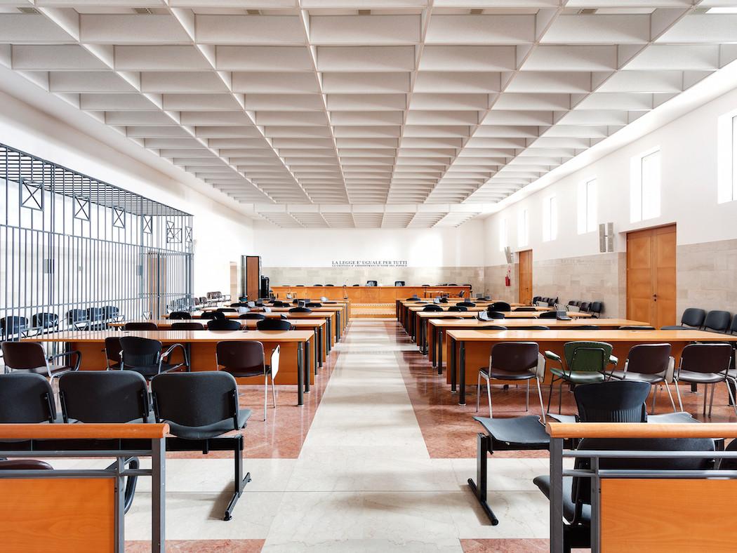 fotografia-aule-giustizia-tribunali-italia-fragments-of-justice-luca-sironi-16