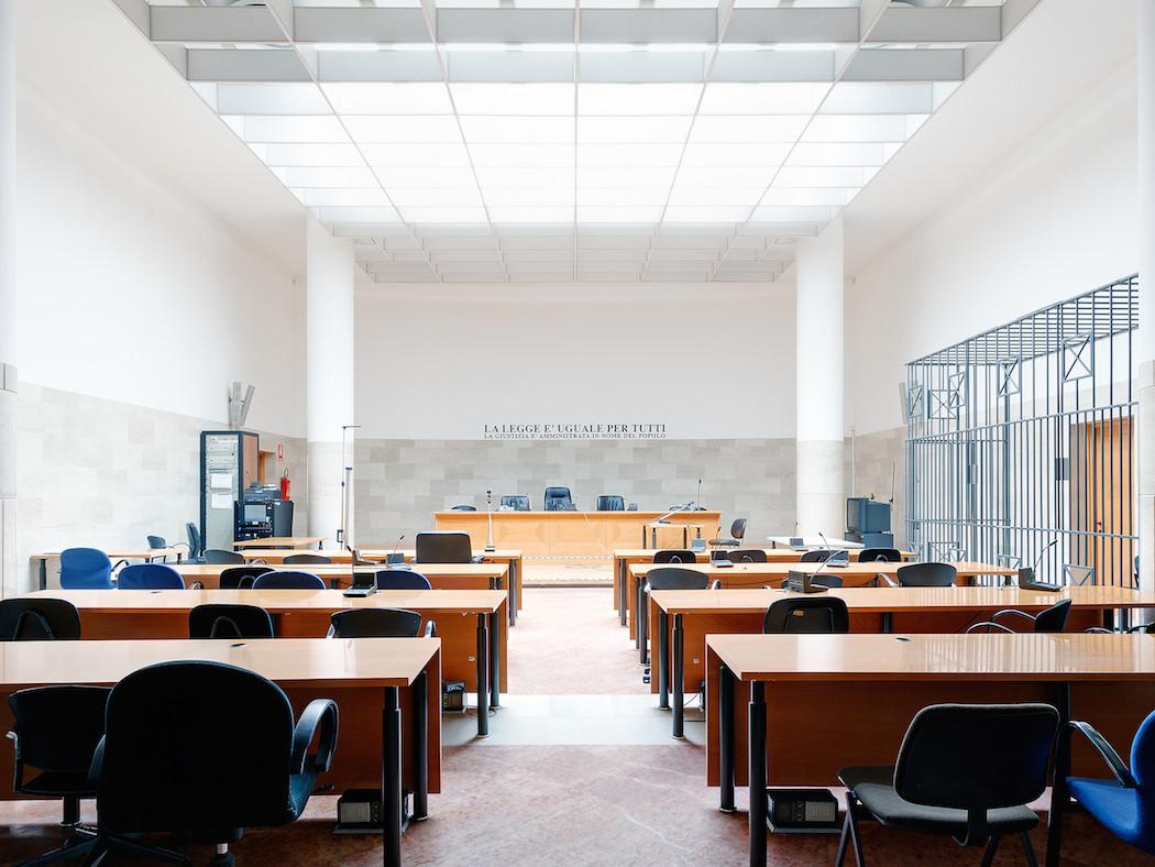 fotografia-aule-giustizia-tribunali-italia-fragments-of-justice-luca-sironi-17