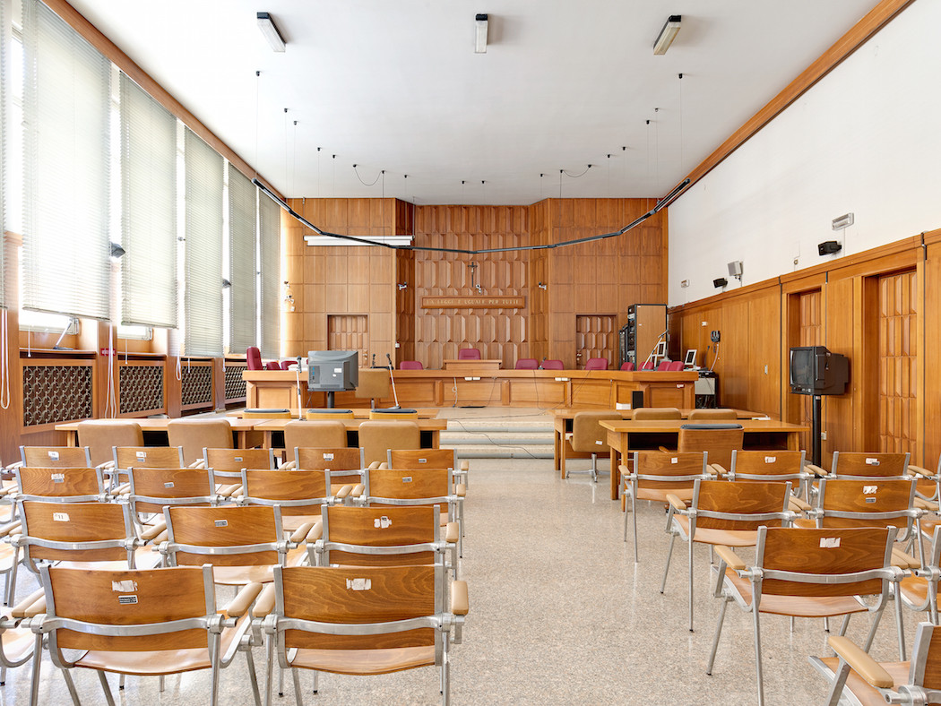 fotografia-aule-giustizia-tribunali-italia-fragments-of-justice-luca-sironi-23