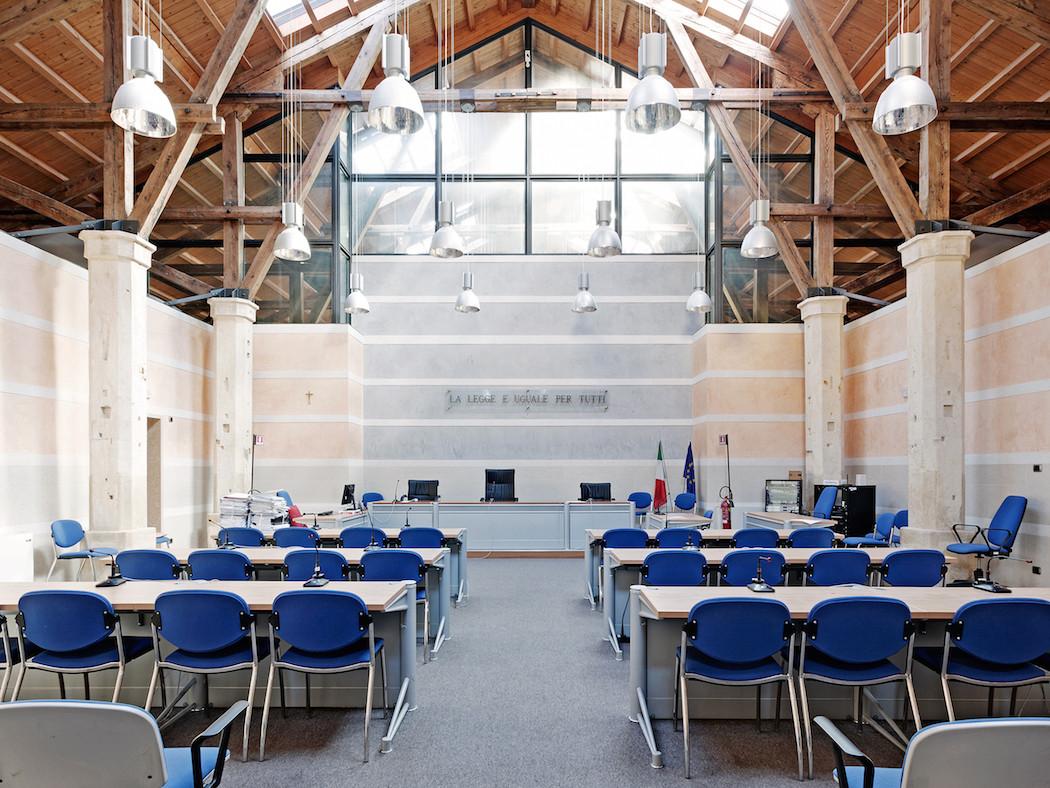 fotografia-aule-giustizia-tribunali-italia-fragments-of-justice-luca-sironi-25