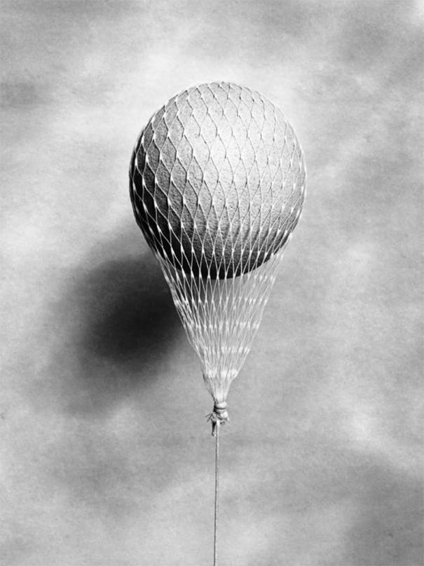 fotografia-bianco-nero-illusioni-ottiche-chema-madoz-14