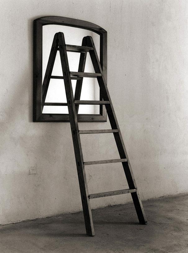 fotografia-bianco-nero-illusioni-ottiche-chema-madoz-22
