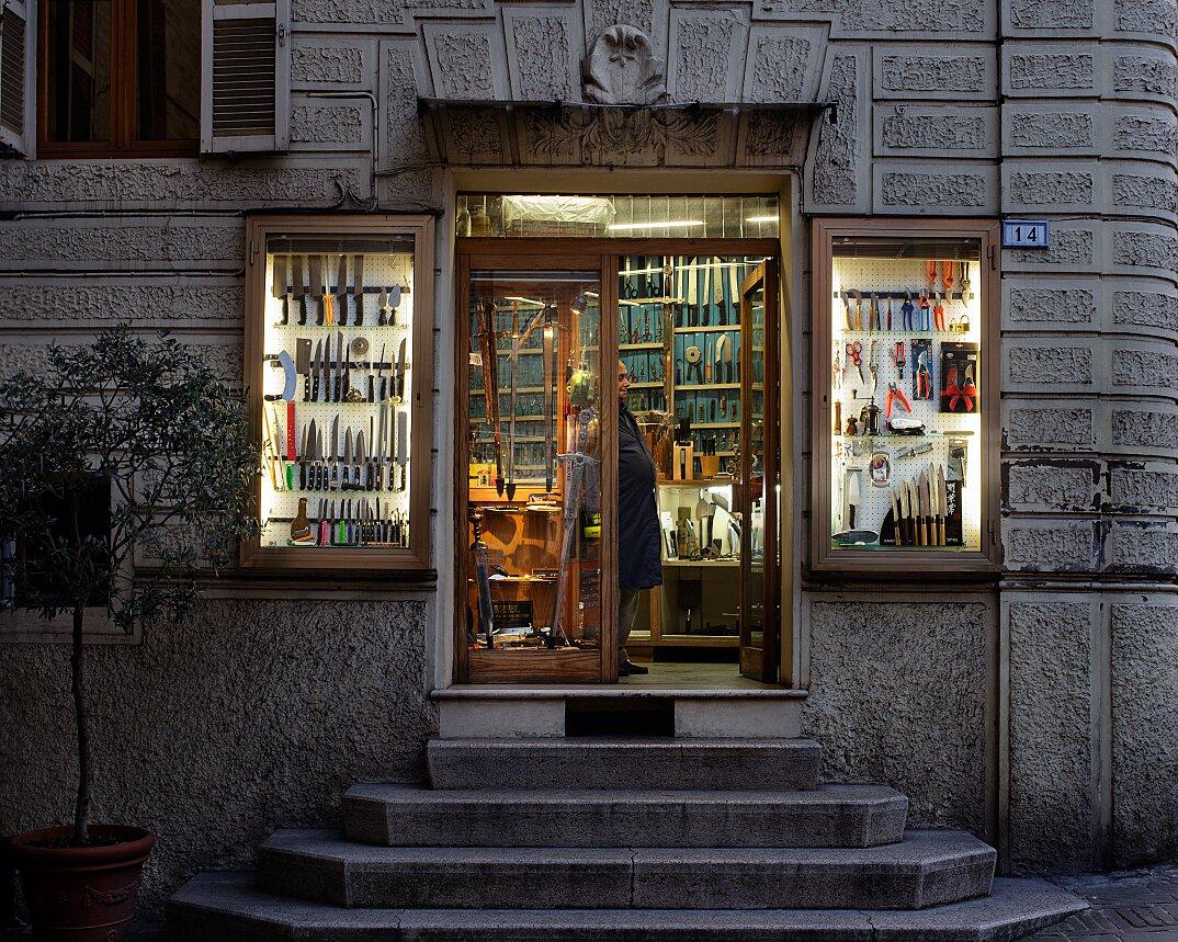 fotografia-botteghe-artigiani-negozi-heroes-francesco-pergolesi-01