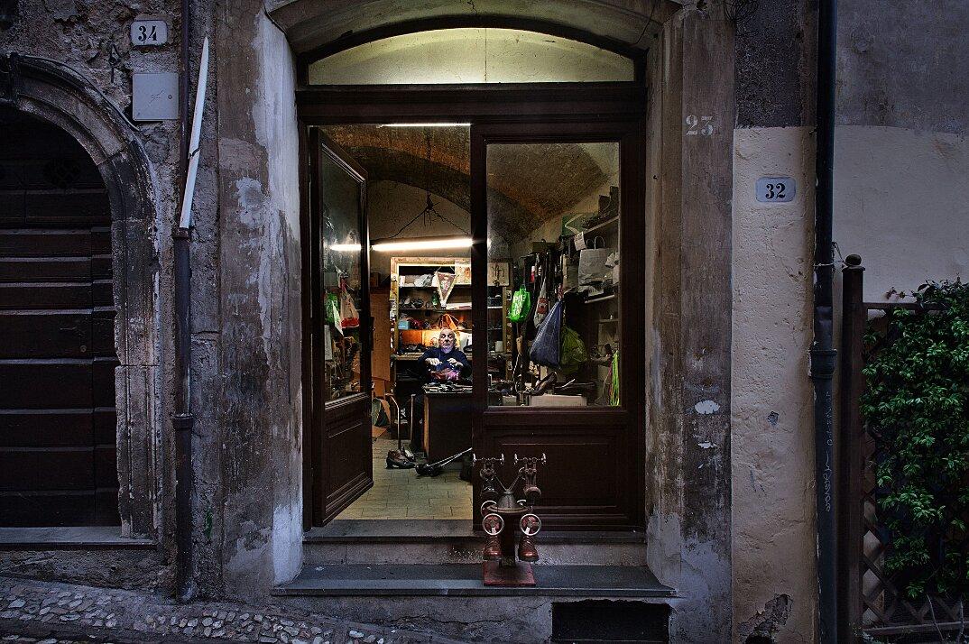 fotografia-botteghe-artigiani-negozi-heroes-francesco-pergolesi-14