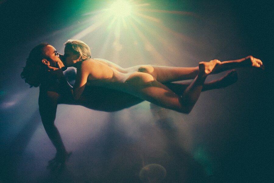 fotografia-coppie-intimita-amore-maud-chalard-20