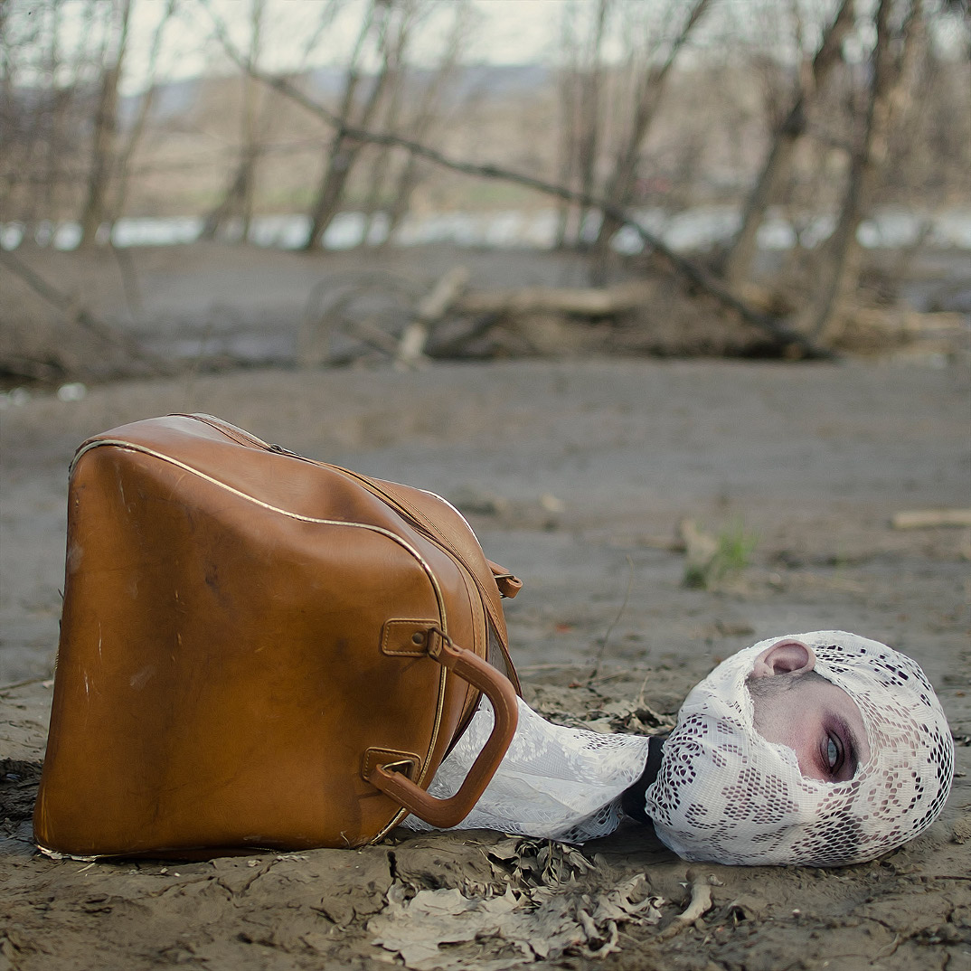 fotografia-surreale-christopher-mckenney-02