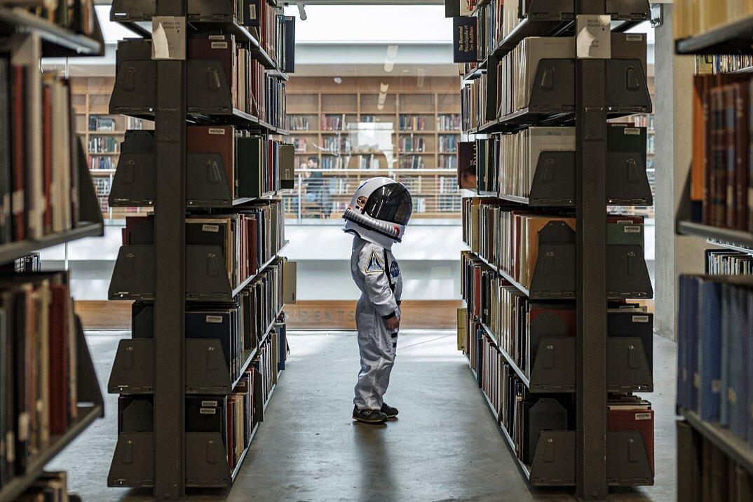 fotografo-piccolo-figlio-astronauta-aaron-sheldon-04