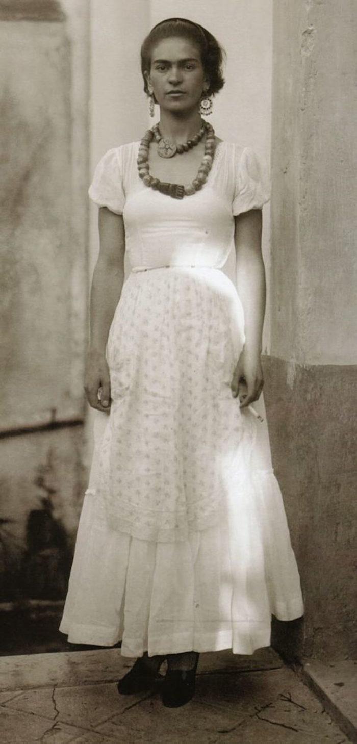 frida-kahlo-foto-rare-epoca-19